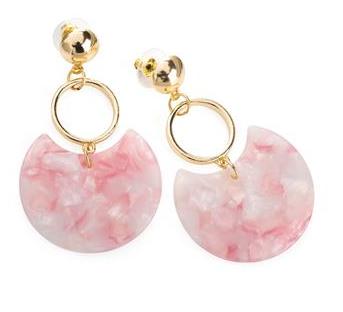Boucles d oreille or effet marbre rose