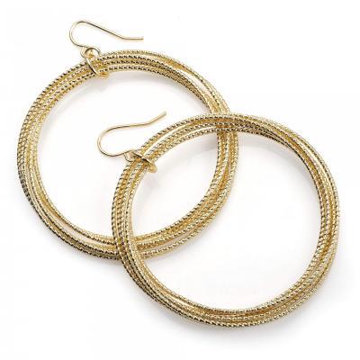 Boucles d'oreille créole dorée à trois rangs