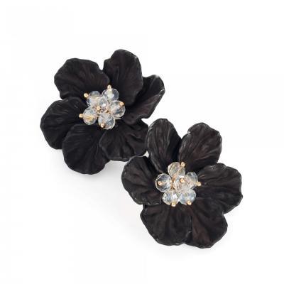 Boucles d'oreilles design en forme de fleur noire