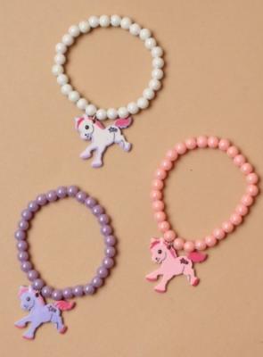 Bracelet à pendentif licorne et perles nacrées fille