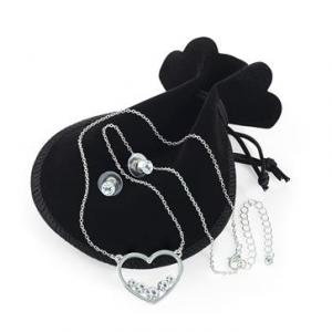 Chaine argentee avec pendentif coeur cristal