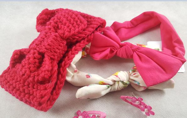 Coffret bebe fille rose et creme accessoires cheveux