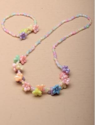Ensemble de collier et bracelet enfant perles pastel