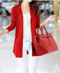 Idee de tenue avec sac a main fourre tout rouge