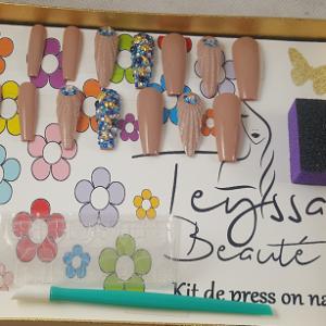 Kit de faux ongles pour femme 14 pieces