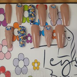 Kit de press on nails Teyssa Beauté - faux ongles réutilisable