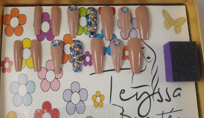 Kit de press on nails - la page - faux ongles femme