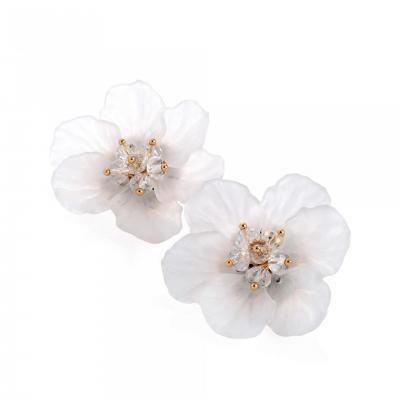 Paire de boucles d'oreilles puce en forme de fleur