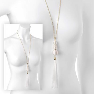 Sautoir femme avec pendentif franges blanches