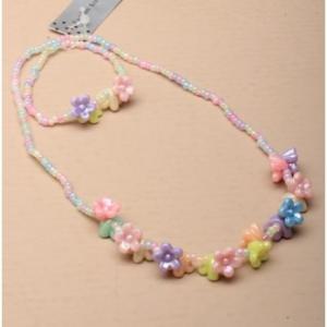 Set de collier et bracelet pastel pendentif fleurs