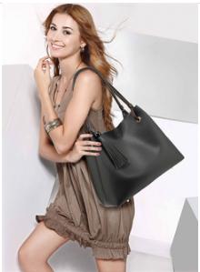 Total look sac noir pour femme